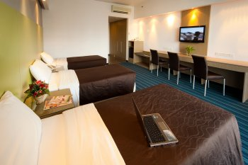 Hotel Booking Manager